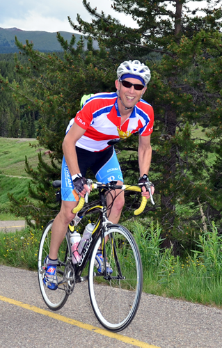 Image of Dale Aychman riding in the Triple Bypass bicycle ride